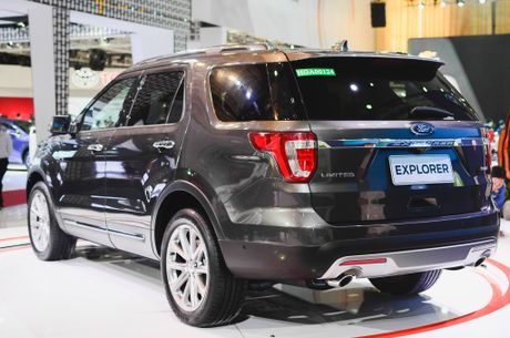 Soi chi tiet Ford Explorer 2017: SUV den tu My gia 2,18 ty dong - Anh 3