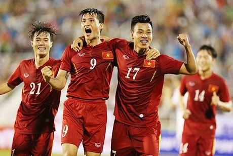 Indonesia vs Viet Nam (2-2, hiep 2): Chinh lai hang thu - Anh 1