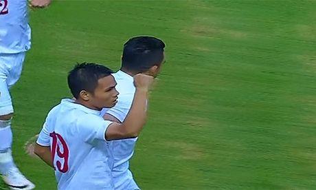 Indonesia vs Viet Nam (2-2, hiep 2): Chinh lai hang thu - Anh 3