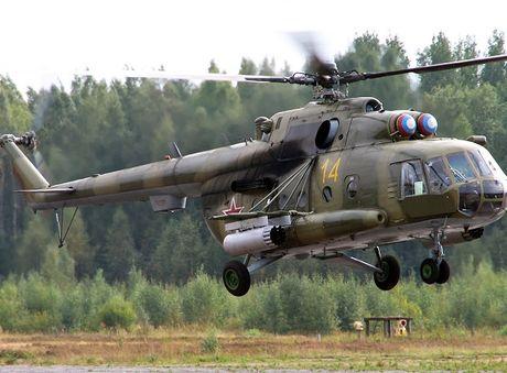 Truc thang Mi-8 cua Nga 'thoat chet' tai tinh Hama - Anh 1