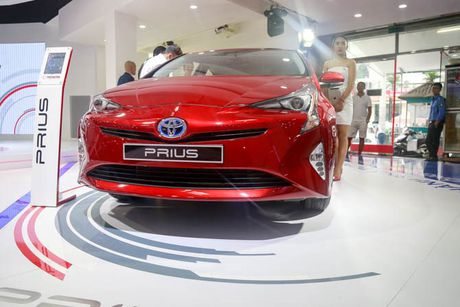 Diem danh nhung mau xe 'hot' tai 'cho o to' VMS 2016 - Anh 7