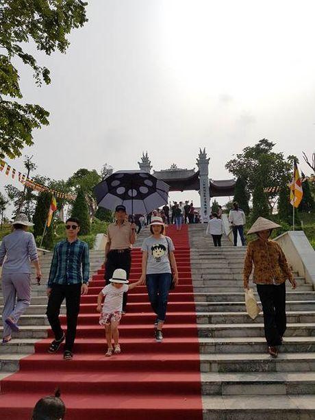 Hang ngan phat tu ve Phu Tho chiem bai Phat ngoc hoa binh - Anh 6
