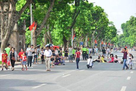 Tuyen pho di bo o Ha Noi – dieu tat yeu cho chat luong cuoc song - Anh 4