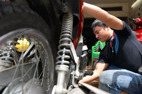 Pho xe may cu nga tu Phu Nhuan - Anh 3