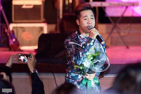 Quach Tuan Du: Song gio su nghiep va co duyen voi 'ba nuoi' Ngoc Son - Anh 1