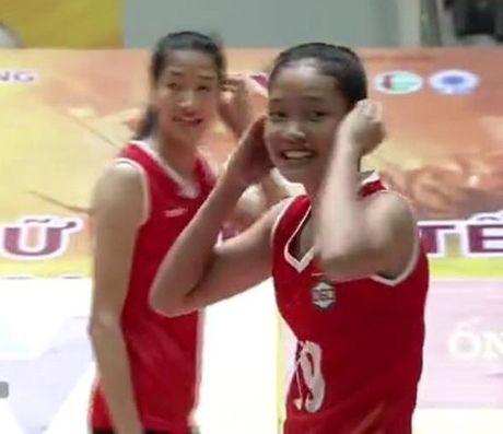 Giai bong chuyen nu Quoc te VTV Cup: Tuyen Viet Nam thang dam ngay xuat quan - Anh 3
