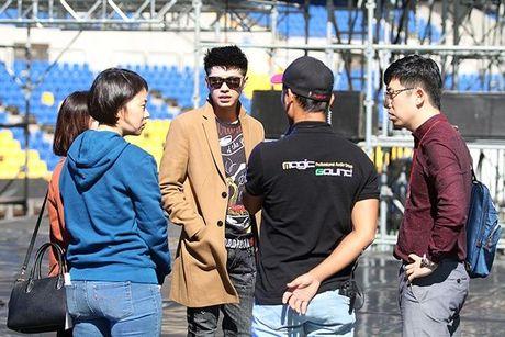 Noo Phuoc Thinh dep trai khong kem sao Han tren san tap Asia Song Festival - Anh 6