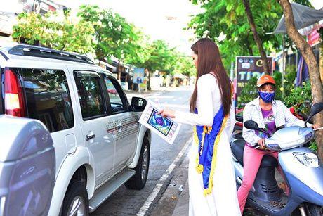 Dien ao dai trang diu dang, Lilly Nguyen van lo ro 'ban chat' that - Anh 11