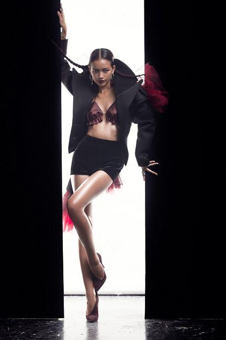Ngoc Chau tung bo anh cuon hut, xung dang quan quan Next Top Model - Anh 3