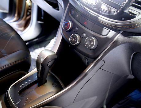 Chi tiet mau SUV do thi Chevrolet Trax 2017 tai Viet Nam - Anh 9