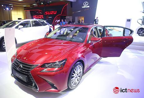 Cham mat Lexus GS Turbo 2016 gia 3,1 ty dong - Anh 1