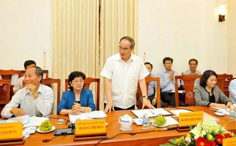 BAN TIN MAT TRAN: Chu tich Nguyen Thien Nhan tiep xuc nhan dan tai Ninh Thuan - Anh 1