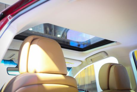 Lexus GS 200t gia 3,13 ty tai Viet Nam - Anh 10