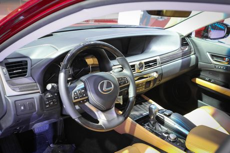Lexus GS 200t gia 3,13 ty tai Viet Nam - Anh 6