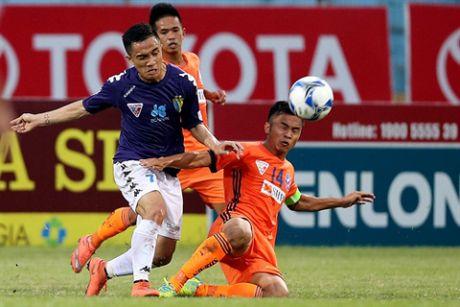 HLV Le Thuy Hai chon doi hinh tieu bieu V.League 2016 - Anh 4