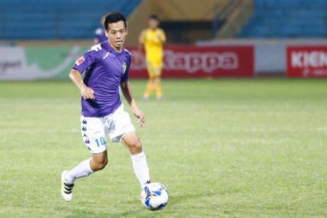 HLV Le Thuy Hai chon doi hinh tieu bieu V.League 2016 - Anh 7
