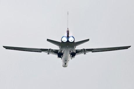 Uy luc cua 'sat thu tau san bay' Tu-23M3 - Anh 2