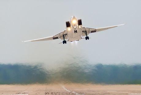 Uy luc cua 'sat thu tau san bay' Tu-23M3 - Anh 3