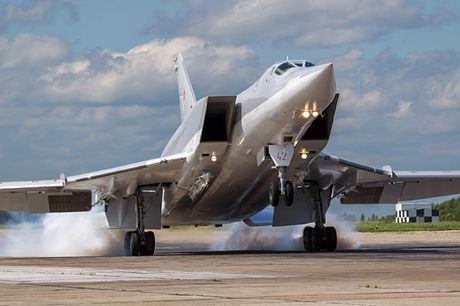 Uy luc cua 'sat thu tau san bay' Tu-23M3 - Anh 4