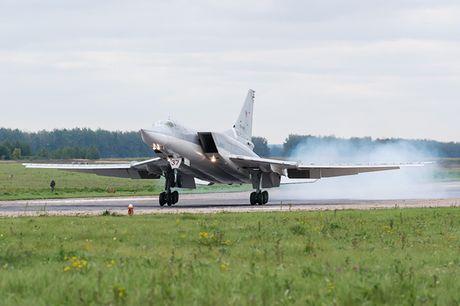 Uy luc cua 'sat thu tau san bay' Tu-23M3 - Anh 5