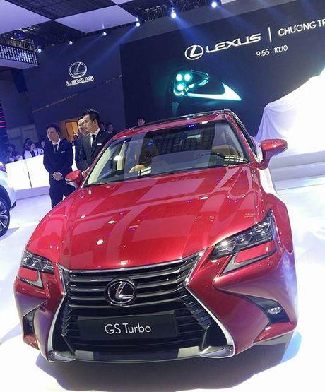Man nhan voi nhung mau xe moi trinh lang cua Lexus tai VMS 2016 - Anh 11