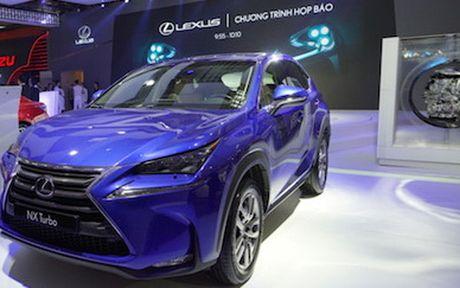 Man nhan voi nhung mau xe moi trinh lang cua Lexus tai VMS 2016 - Anh 5