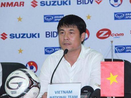 Huu Thang: Viet Nam choi kem vi vang ba cau thu Hoang Anh Gia Lai - Anh 1