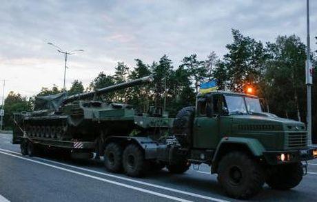 Ukraine khong rut quan o mien Dong: Nga - My cung co loi - Anh 1