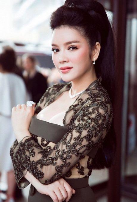 Ngat tho vi mot day nguc 'khung' cua Ly Nha Ky, Mai Phuong Thuy - Anh 1