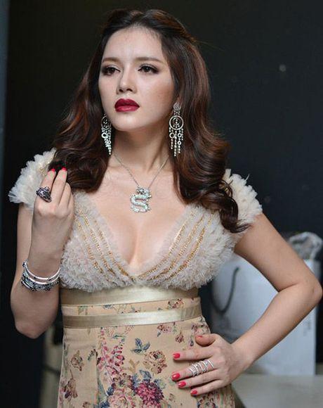 Ngat tho vi mot day nguc 'khung' cua Ly Nha Ky, Mai Phuong Thuy - Anh 4