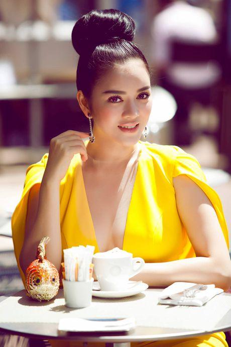 Ngat tho vi mot day nguc 'khung' cua Ly Nha Ky, Mai Phuong Thuy - Anh 6