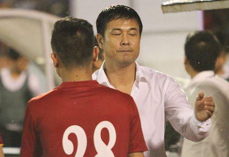 HLV Huu Thang chua chot doi hinh du AFF Cup - Anh 1