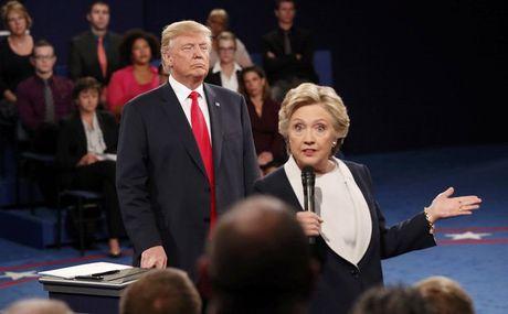 Bau cu My: Nhung tuyen bo nay lua cua Trump, Hillary trong cuoc tranh luan lan 2 - Anh 1