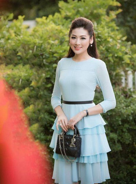Lai phat hon voi gu mac dang cap cua Thanh Hang, Ha Ho - Anh 4