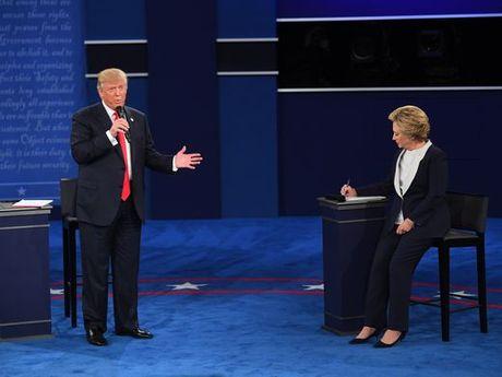 Nhung hinh anh cuoc tranh luan lan 2 Hillary Clinton-Donald Trump - Anh 12