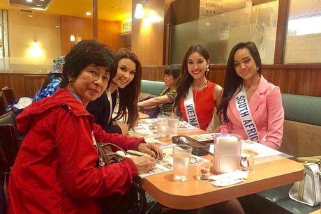 Hinh anh dau tien cua A khoi Phuong Linh tai Miss International - Anh 2