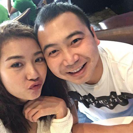 Gia the khung ban trai dai gia cua A hau Thuy Van - Anh 1