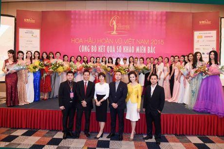 Gia the khung ban trai dai gia cua A hau Thuy Van - Anh 5