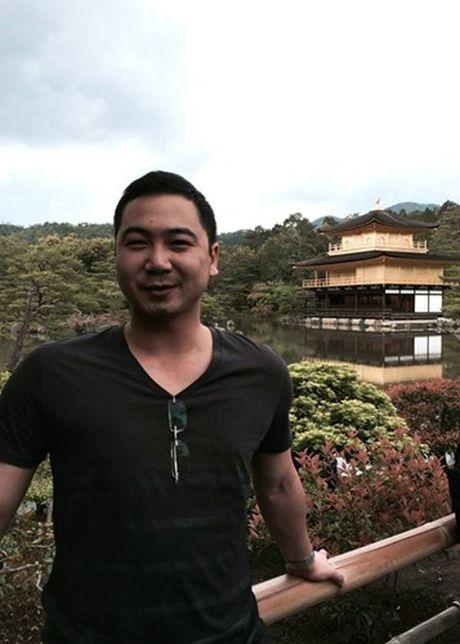 Gia the khung ban trai dai gia cua A hau Thuy Van - Anh 7