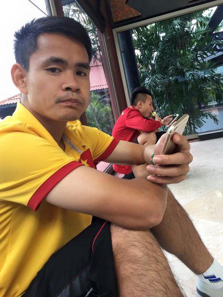 DT Viet Nam vat va o san bay cho tro ve nuoc - Anh 8