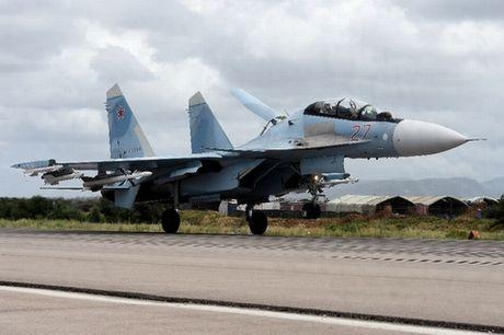 Nga dang 'thach' My rai tham bom Syria? - Anh 1