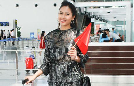 Nguyen Thi Loan rang ro tai My tham du Hoa Hau Hoa binh Quoc te 2016 - Anh 1