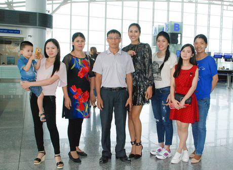 Nguyen Thi Loan rang ro tai My tham du Hoa Hau Hoa binh Quoc te 2016 - Anh 2