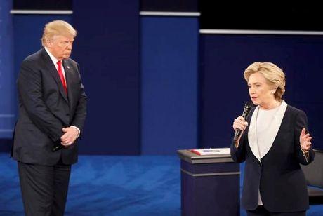 Tranh luan truc tiep lan hai day gay can giua Trump va Clinton - Anh 4
