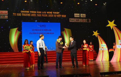 Vinh danh TOP 100 thuong hieu noi tieng - Anh 1