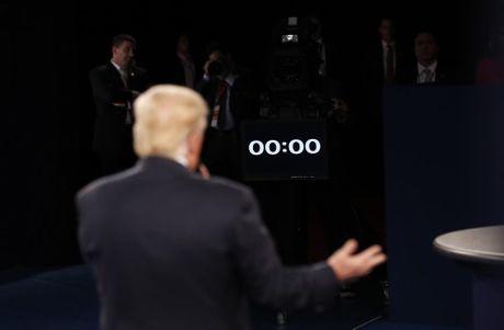 Cai ket bat ngo cua cuoc 'so gang' lan hai giua Clinton va Trump - Anh 10