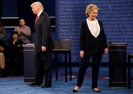 Cai ket bat ngo cua cuoc 'so gang' lan hai giua Clinton va Trump - Anh 14
