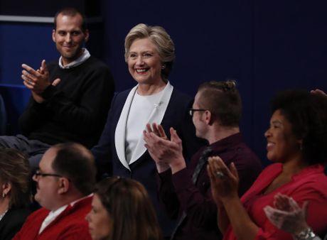 Cai ket bat ngo cua cuoc 'so gang' lan hai giua Clinton va Trump - Anh 18