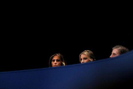 Cai ket bat ngo cua cuoc 'so gang' lan hai giua Clinton va Trump - Anh 3