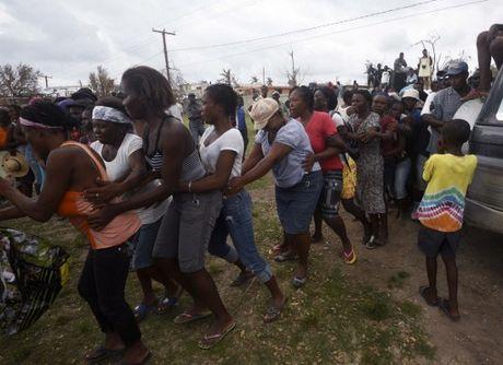 Can canh Haiti tan hoang, 'quay quat' trong ngheo doi - Anh 7